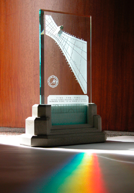 The Spectra sundial makes rainbow colors as it accurately tells the time of day